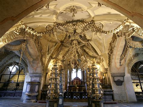 Morbid Home Decor Sedlec Ossuary Kutn 225 Hora Czech Republic Activity