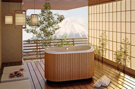 baignoire en bois japonaise la salle de bain d 233 co zen d inspiration japonaise