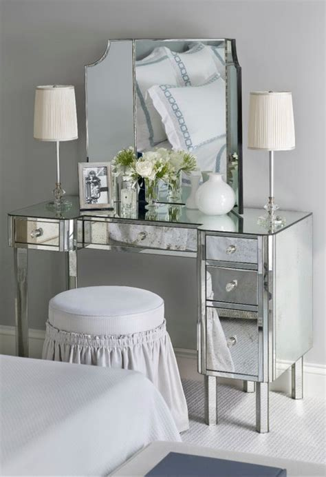 Grey Bedroom Vanity Bedroom Features Gray Walls Mirrored Vanity With Folding