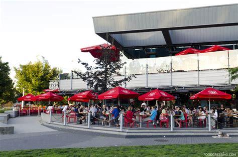 teakholz patio möbel vancouver celebration get together at tap barrel foodgressing