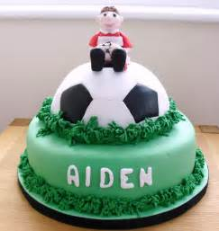 fussball kuchen cake walk football cake