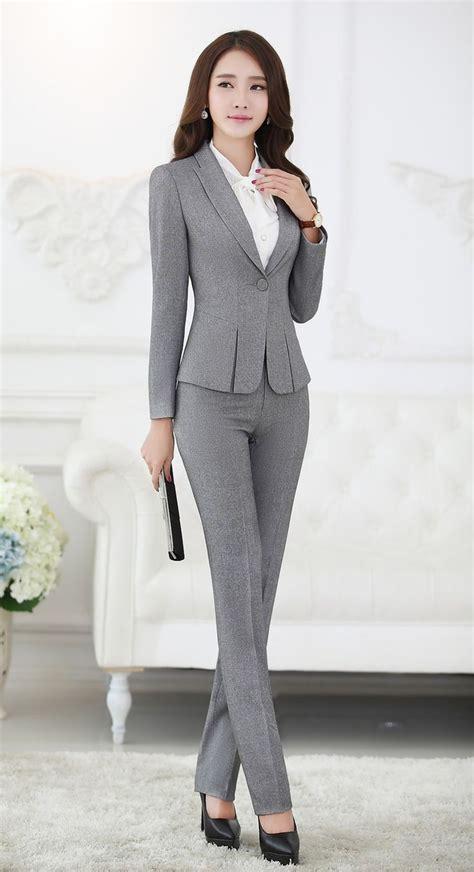 Best 20  Women's suits ideas on Pinterest   Business suits for women, Business suit women and