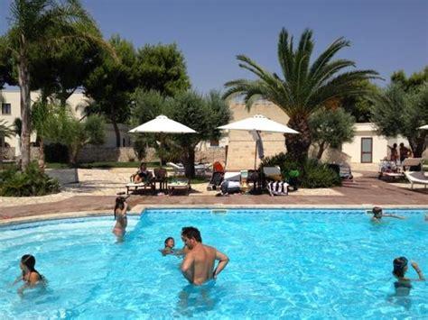villa hermosa resort porto cesareo recensioni la piscina foto di villa hermosa resort porto cesareo