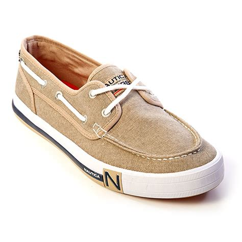 boat shoes nautica nautica spinnaker ii 2 eyelet boat shoes boscov s