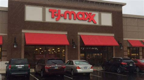 Tj Maxx Report T J Maxx And Marshalls Employees Instructed To