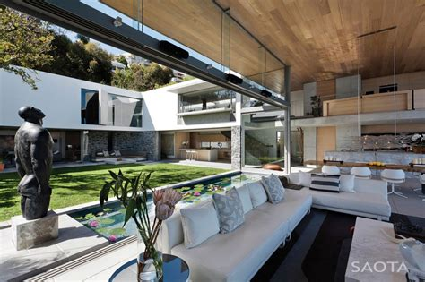 house with courtyard modern house designs de 34 by saota architecture beast
