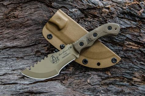 tops 2 new tom brown tracker knives recoil