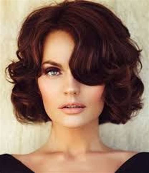 1940s hair styles for medium length hair 25 best ideas about fascinator hairstyles on pinterest