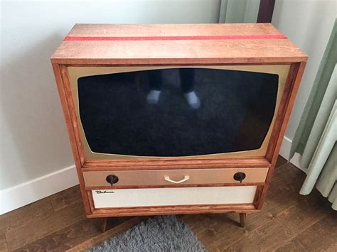 jeff builds a midcentury modern tv cabinet for his flat