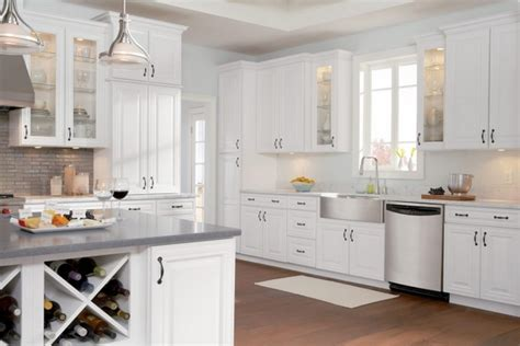 easiest way to refinish kitchen cabinets easy way to refinish kitchen cabinets