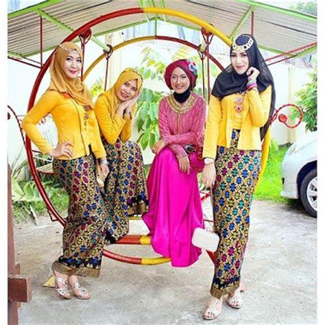 Setelan Kebaya Rok N Blouse Batik Sabrina Etnic 57 kumpulan gambar inspirasi kebaya modern indonesia