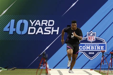 nfl combine bench results nfl combine results top performers for ol in bench press