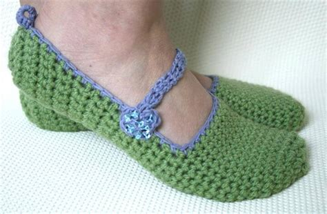 crochet pattern womens slippers 24 adorable crochet women s slippers diy to make
