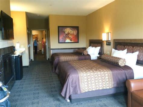 which hotels 2 bedroom suites 2 bedroom suite picture of kalahari resort pocono