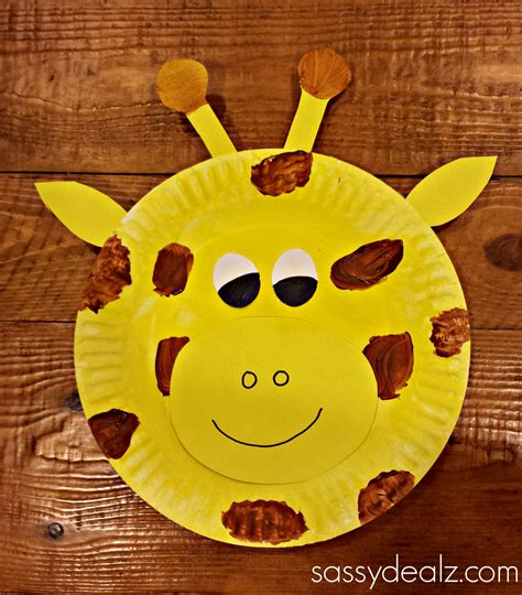 Giraffe Paper Plate Craft - paper plate giraffe craft for crafty morning