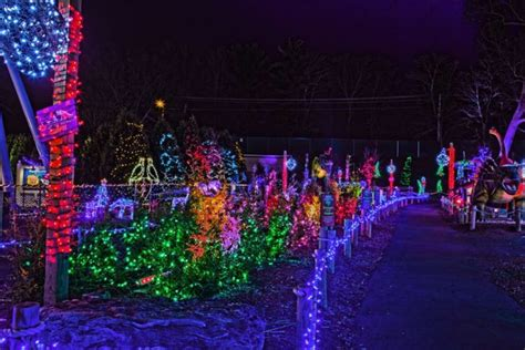 11 best christmas light displays in connecticut 2016