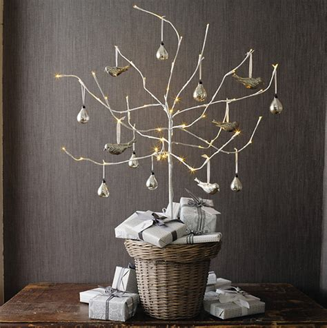 modern holiday interiors 10 christmas tree alternatives