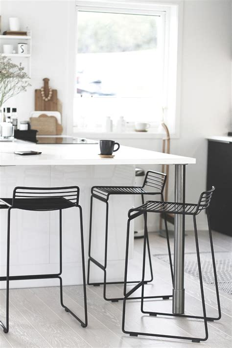 Pictures Of Bar Stools In Kitchens by Kj 248 Kkenprat Noe Get The Look Window And Bar