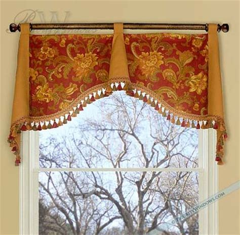 Simple Window Valance Simple Amp Elegant Valance I Like The Combination Of The 2