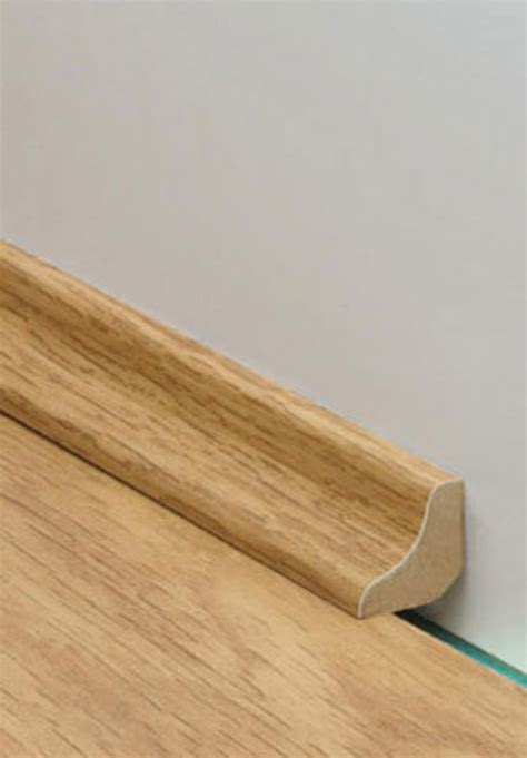 quickstep impressive soft oak light laminate flooring 8 mm quickstep laminates