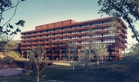 Shaping The Future The Work Of Eero Saarinen