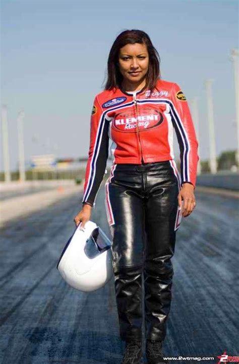peggy llewellyn prostock bike racer   woman