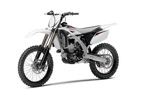 lightweight motocross 2013 yamaha yz250f the lightweight dirt racing machine