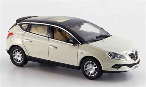 New Premium Diecast Lancia Delta Integrale Hf Miniatur Mobil Klasik lancia delta new 2008 norev diecast model car 1 43 buy