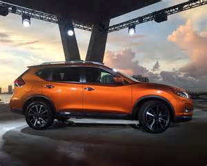 How Many Per Gallon Does A Nissan Rogue Get 2017 Nissan Rogue Debuts At Miami Auto Show