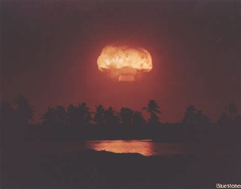 christmas island atomic bomb test 1962