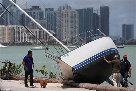 boats after hurricane florida dealing with hurricane irma aftermath daily mail
