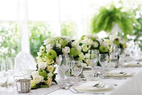 Dining Table Flowers Best Shiny Easter Dinner Table Decoration Ideas Dining Room Weddings Centerpiece With