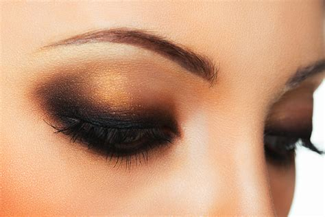 Tutorial Eyeshadow Inez New York makeup images vizitmir