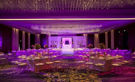 Set Dhabi Abu a spotlight on an wedding venue rosewood abu