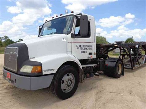 2000 volvo truck volvo 2000 daycab semi trucks