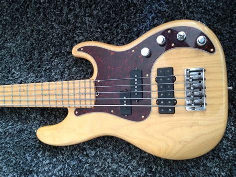 Fender American Deluxe Precision Bass Ash V 2004 2006