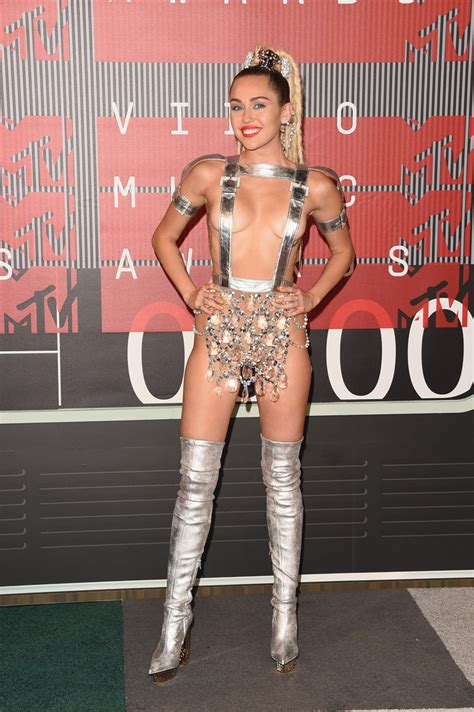 vmas 2015 mtvs video music awards 2015 in pictures 2015 mtv video music awards arrivals zimbio