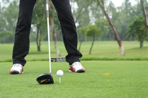 how to develop a golf swing how to improve your golf swing secrets to a great golf swing