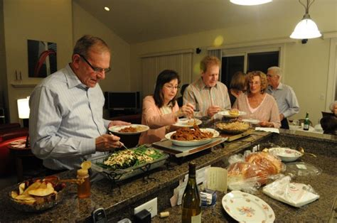 hosting a new year dinner schererville host rosh hashanah dinner to new