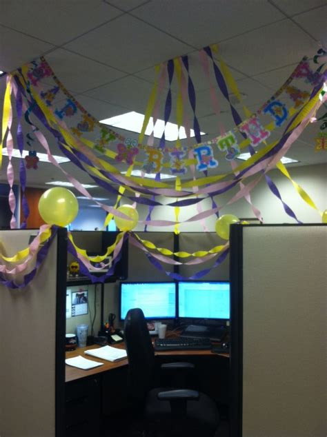 Birthday Decoration Ideas For Office Cubicles by Birthday Cubicle Decorating