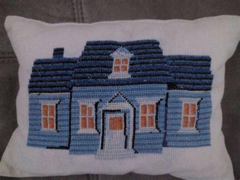 cuscini ricamati a mano cuscini ricamati a mano per la casa e per te decorare