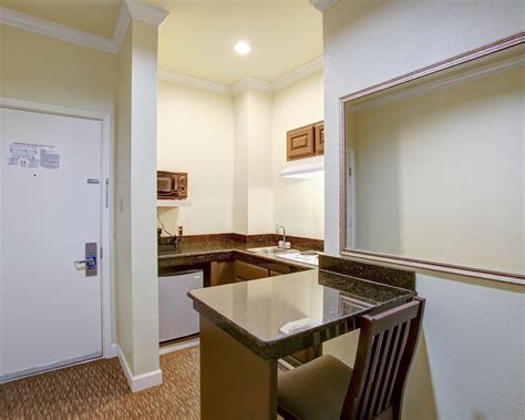 comfort suites texas ave college station tx comfort suites texas ave deals reviews college station