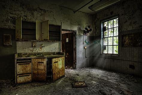 Old Cabinet Radio Abandoned Building Old Asylum Open Cabinet Doors