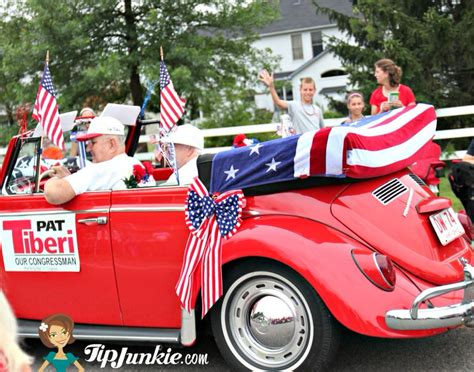 How To Decorate Car For Parade by Parade Float Ideas For July 4th Tip Junkie