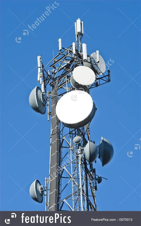 picture  cellphone tower antenna