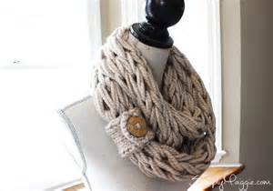 How To End A Knitted Infinity Scarf Diy Button Cuff For Infinity Scarf Simplymaggie
