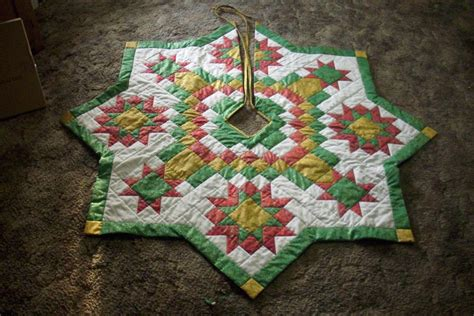 Quilt Tree Skirt by Tree Skirt Finally Finished