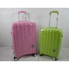 cabin suitcase size 25 best ideas about cabin size suitcase on
