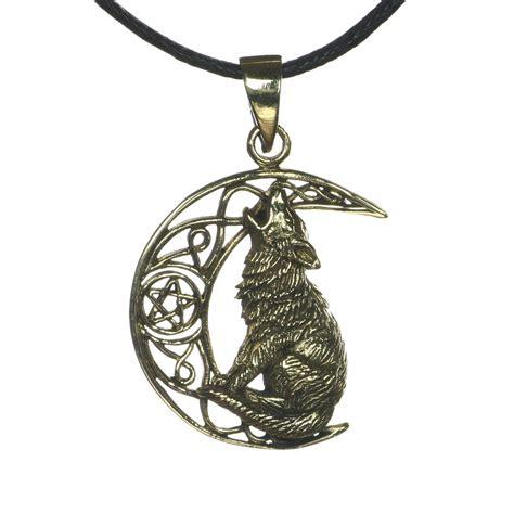 bronze wolf moon pendant necklace bo