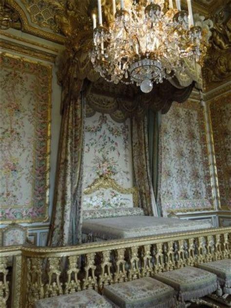 reggia di versailles interno il giardinetto interno al petit trianon picture of